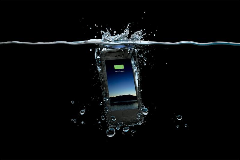 JP-H2PRO-IP6_BLK-SPLASH-IN-WATER-2000PX